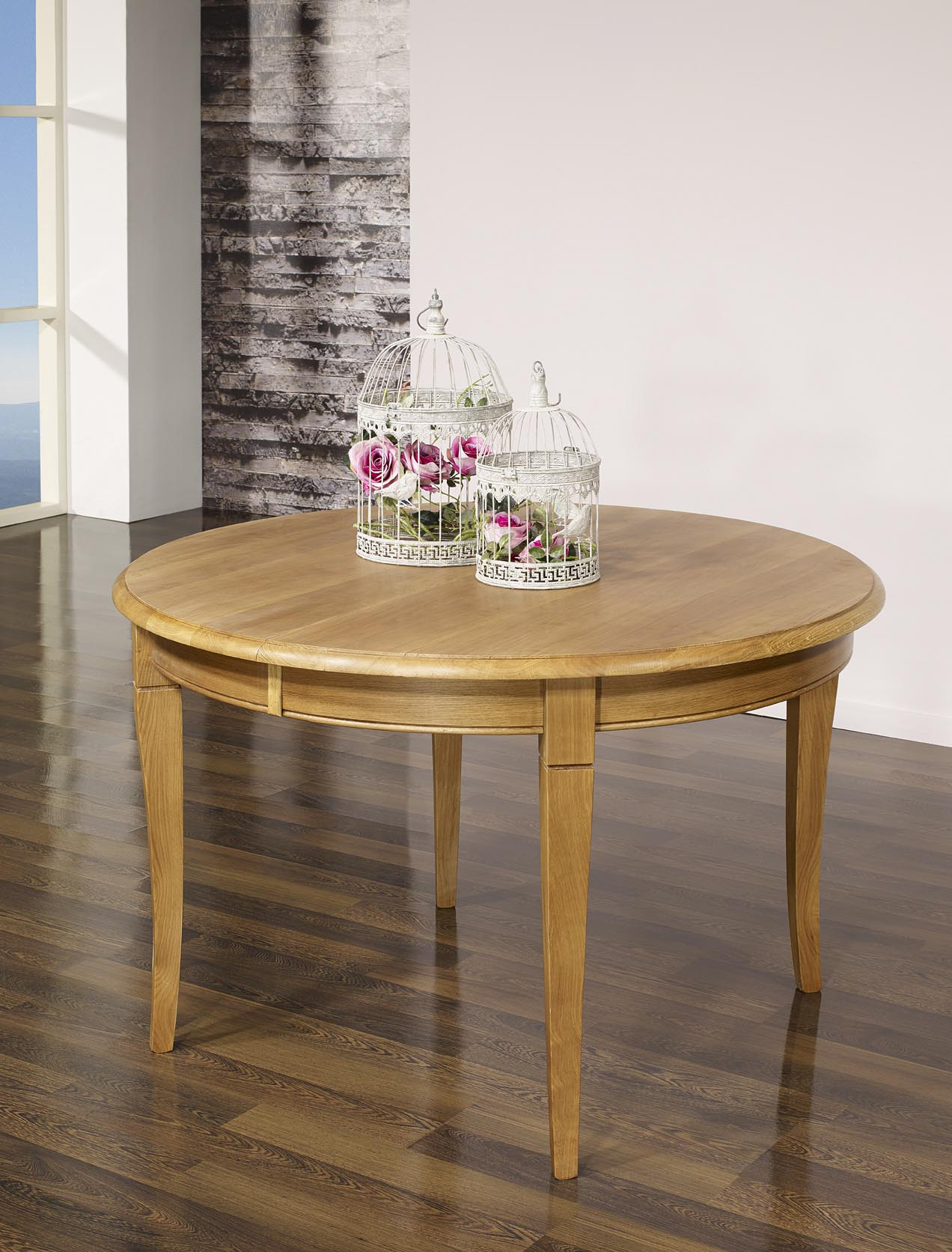 Table ronde en ch ne massif de style louis philippe for Table chene massif