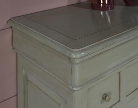petit buffet 2 portes 4 tiroirs jeanne en merisier massif de style louis philippe gris patine et. Black Bedroom Furniture Sets. Home Design Ideas