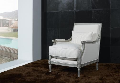fauteuil de style louis xvi en h tre massif gris patine. Black Bedroom Furniture Sets. Home Design Ideas