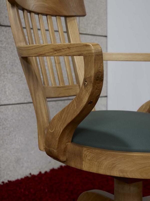 Fauteuil de bureau hugo en ch ne massif de style louis for Fauteuil de bureau en bois pivotant