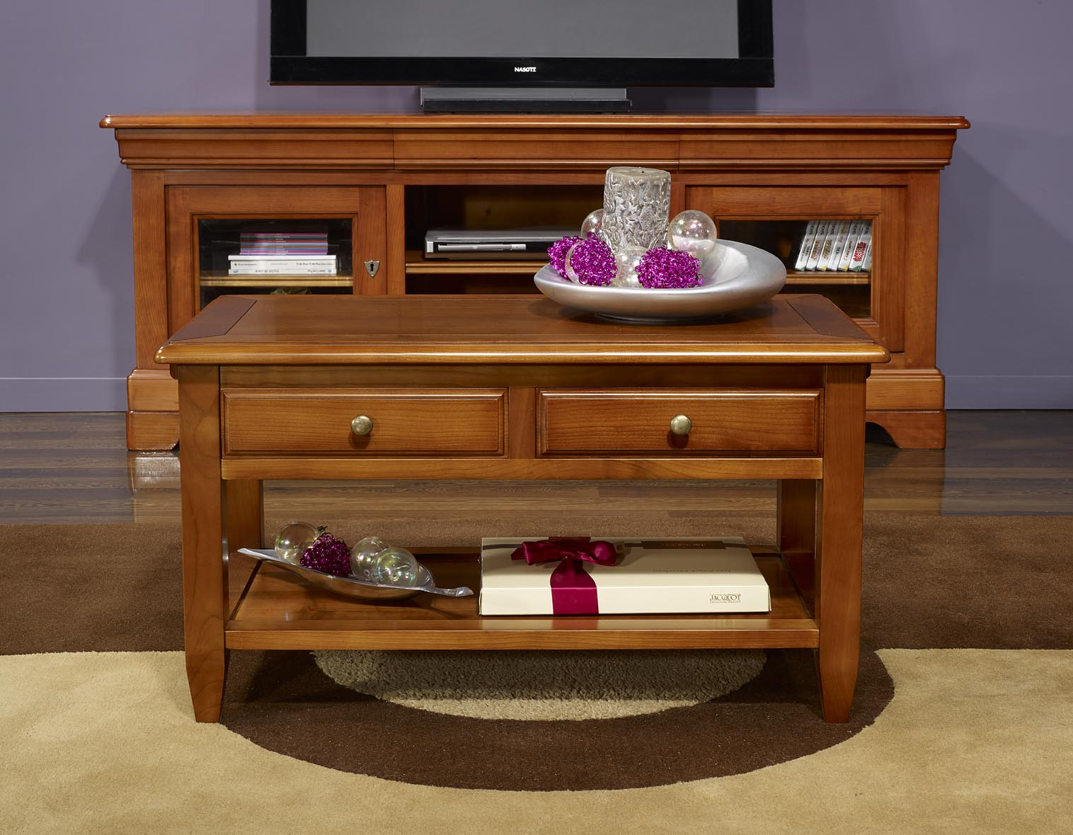 Table basse sandra en merisier de style campagnard for Finition de meuble