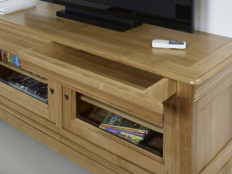 meuble chene massif bahut romarin grand vaisselier en chne massif with meuble chene massif. Black Bedroom Furniture Sets. Home Design Ideas