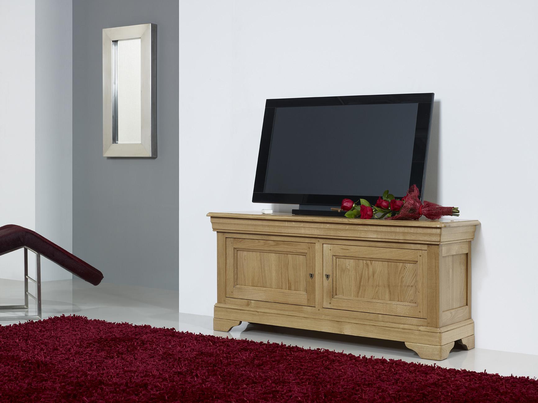 Meuble Tv 16 9 Me Herv En Ch Ne Massif De Style Louis Philippe  # Meuble Salon En Bois Massif