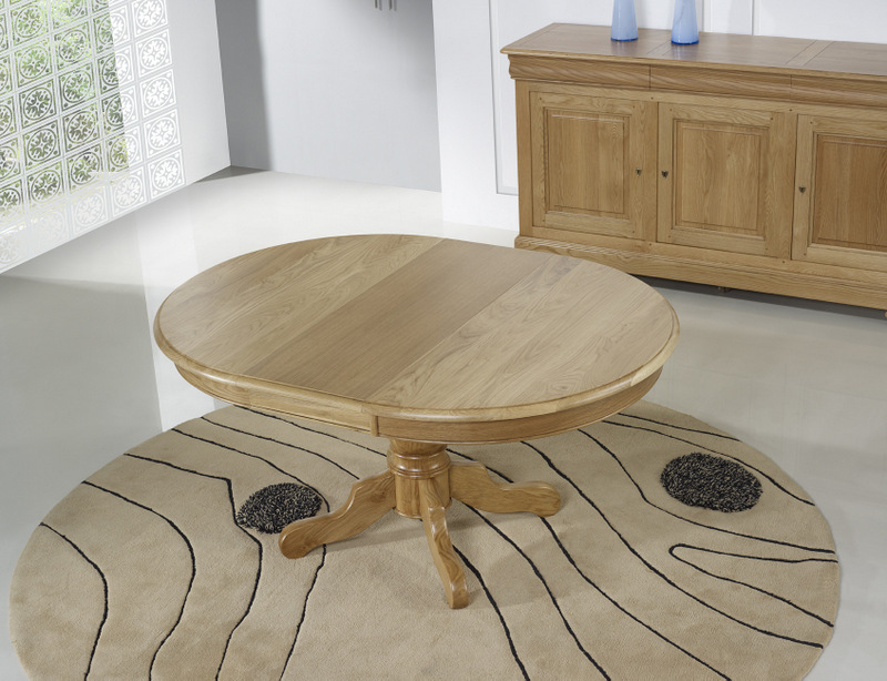 Table ronde pied central en ch ne massif de style louis for Table ronde en bois avec rallonge