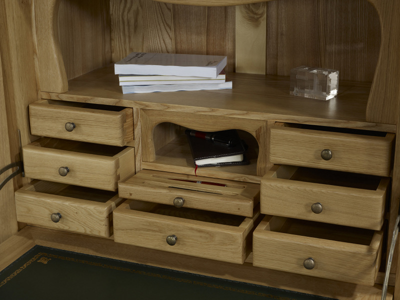 secr taire jade en ch ne massif de style louis philippe. Black Bedroom Furniture Sets. Home Design Ideas