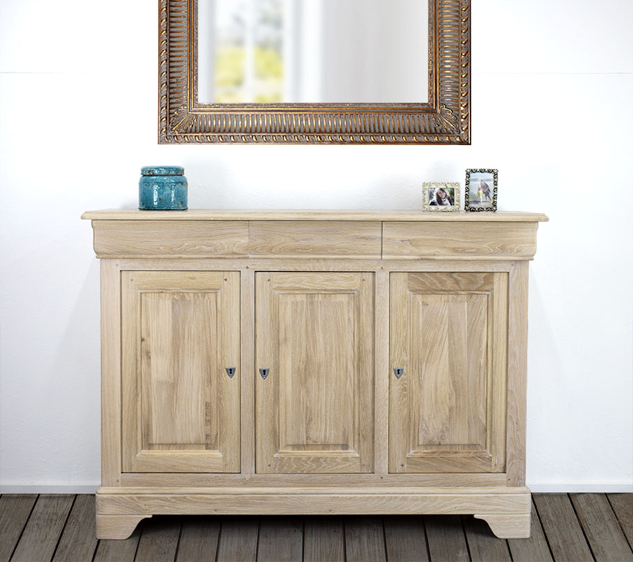 petit buffet 3 portes alix en ch ne massif de style louis philippe finition ch ne bross. Black Bedroom Furniture Sets. Home Design Ideas