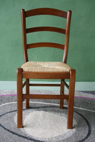 chaise en hetre massif de style louis philippe assise paille de seigle meuble en merisier massif. Black Bedroom Furniture Sets. Home Design Ideas